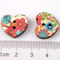 Цветочное сердце пуговица.